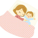 寝ている母子