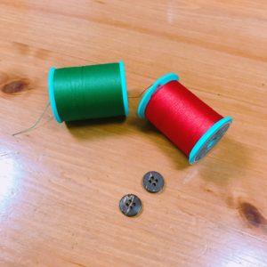 ボタンと糸